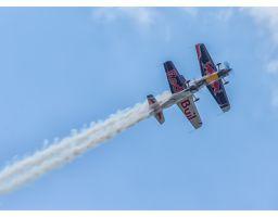 Aviatická pouť 2014 – The Flying Bulls Duo