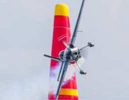 Red Bull Air Race Gdynia 2014 Hannes Arch